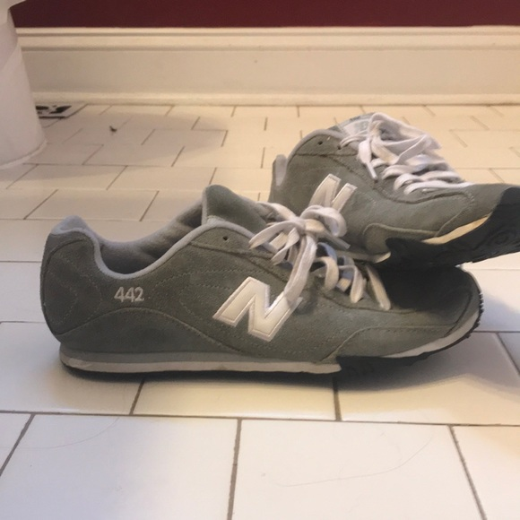 womens new balance 442 grey